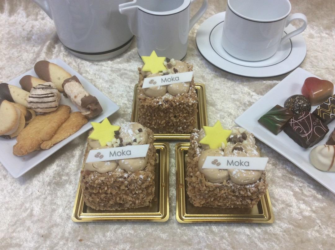 Mokka boterroom gebakje - Bakkersonline