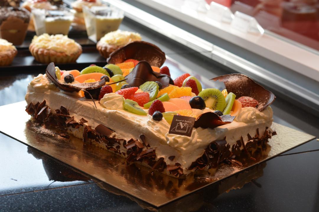 Biscuitgebak met slagroom (4 tot ... pers.) - Bakkersonline