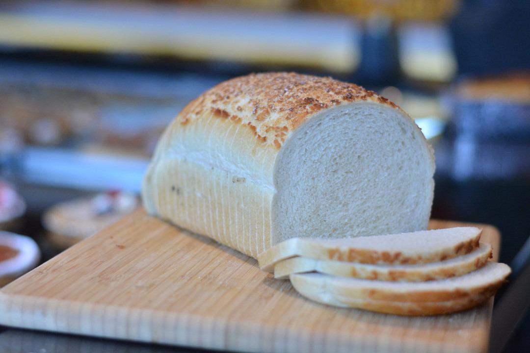Groot wit tijgerbrood - Bakkersonline