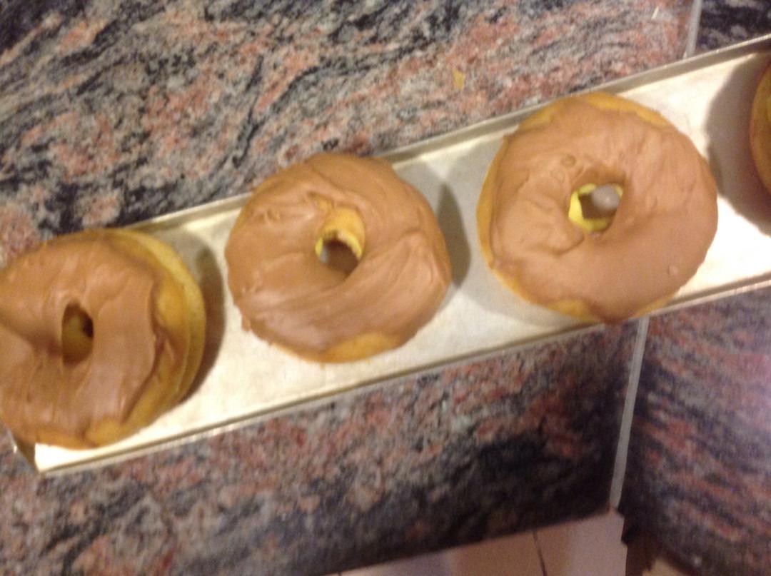 Donuts chocola & pudding - Bakkersonline
