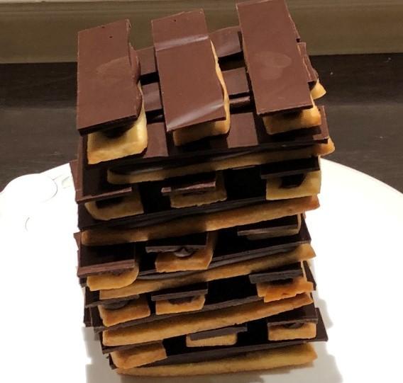 Jenga zanddeeg/chocolade - Bakkersonline