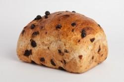 Grof rozijnenbrood - Bakkersonline