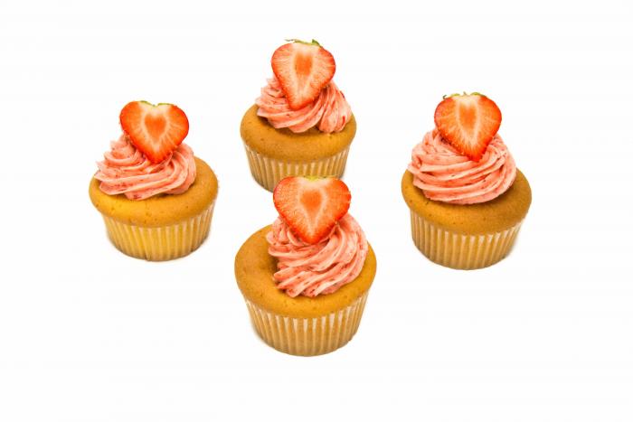 Vanille cupcakes aardbei - Bakkersonline